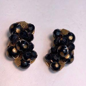 Vintage gold filagree black beaded earrings